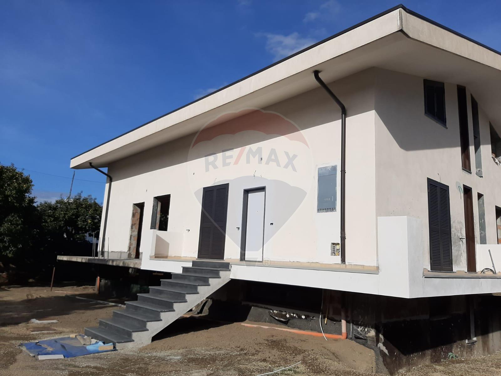 Vendita Casa Semindipendente Via Pasquale Grimaldi, 40 Sant'Egidio del Monte Albino, SA
