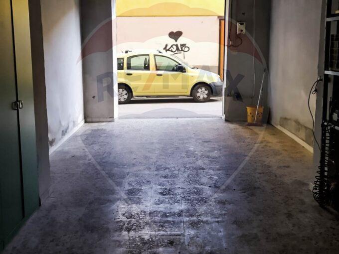 Deposito-Commerciale-Salerno