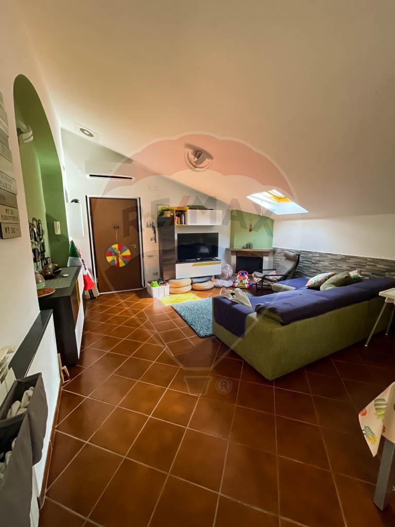 Appartamento Mansardato 90 mq – Sant'Egidio del Monte Albino