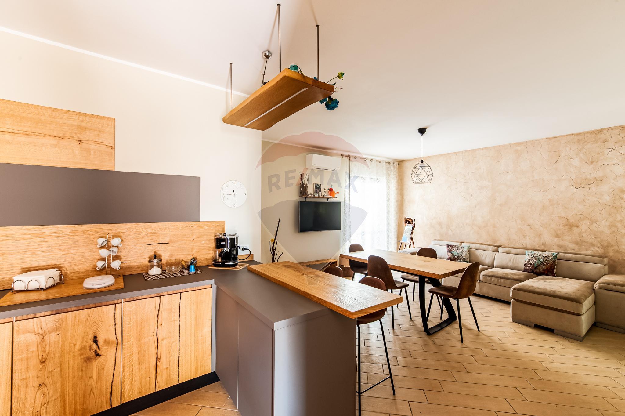 Appartamento 100 mq con Doppio Posto Auto – Castel San Giorgio